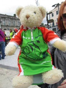 race around ireland mini cycling jersey